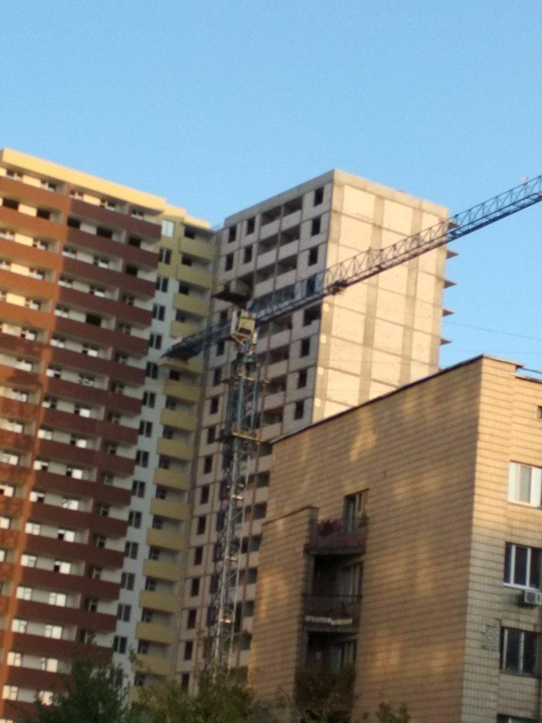 Нардеп Валерій Дубіль може бути причетний до будівельних афер з житловими комплексами в Києві.