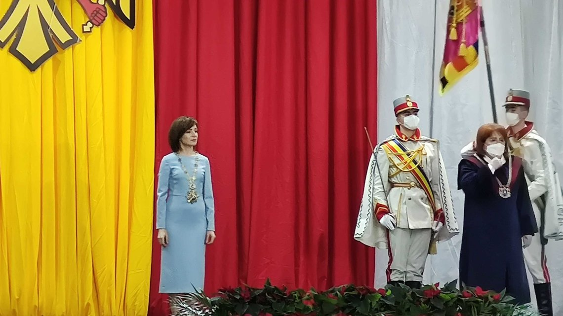 Премьер Молдавии объявил обуходе вотставку