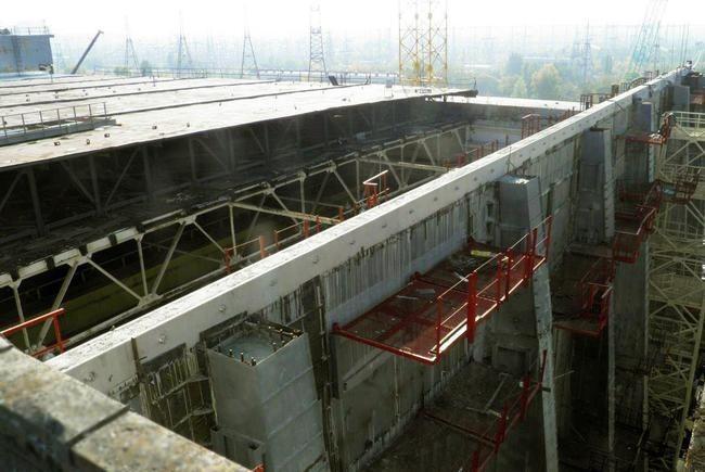 Компанія Укрбуд завершила будівництво захисного контуру на Чорнобильській АЕС. Були укріплені всі стіни та перекриття.