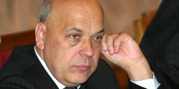 Губернатор Луганщини підозрює «Укрзалізницю» в неофіційній торгівлі з терористичною організацією «ЛНР» і вимагає службового розслідування ситуації.
