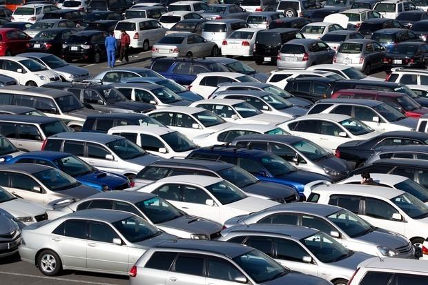 Народним депутатам необхідно написати законопроект, який спростив би ввезення та здешевив розмитнення вживаних автомобілів в Україні.