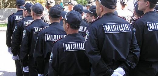 Яценюк зобов'язав Службу безпеки України, Міністерство внутрішніх справ і Національну гвардію на травневі свята посилити заходи безпеки у низці міст.