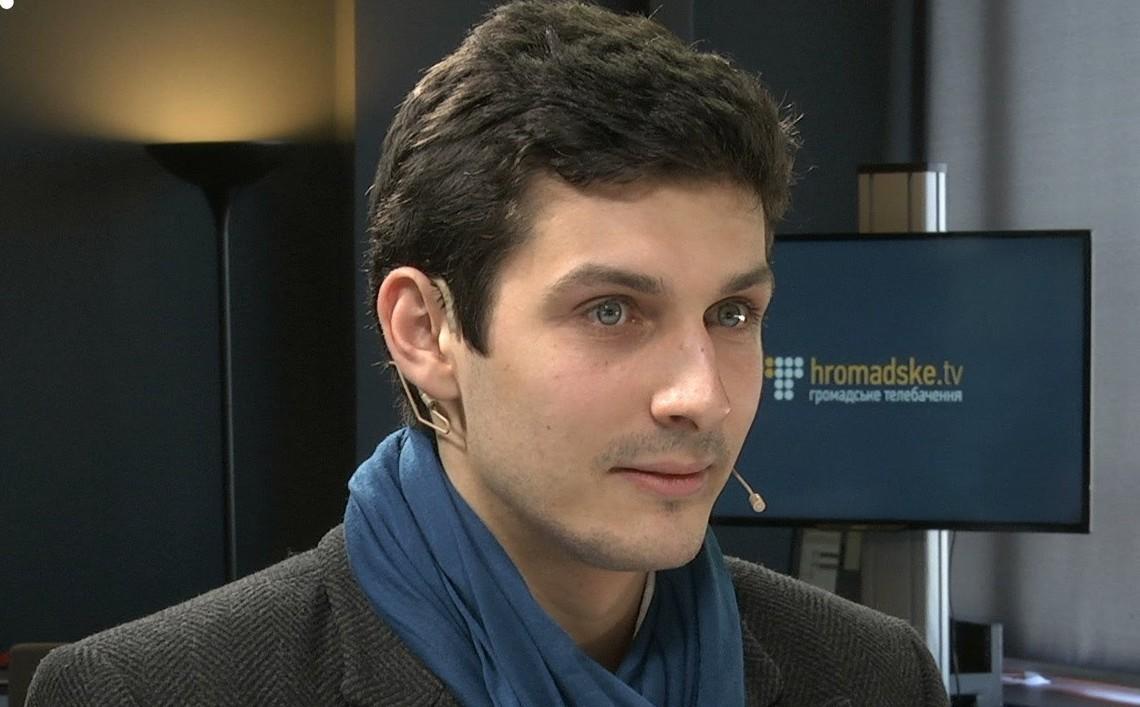 Координатор руху «Чесно» поділився міркуваннями стосовно проведення та ризиків перенесення майбутніх місцевих виборів в Україні.