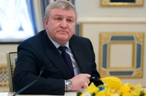 Порошенко звільнив екс-міністра оборони Михайла Єжеля з посади Надзвичайного і Повноважного Посла України в Республіці Білорусь.