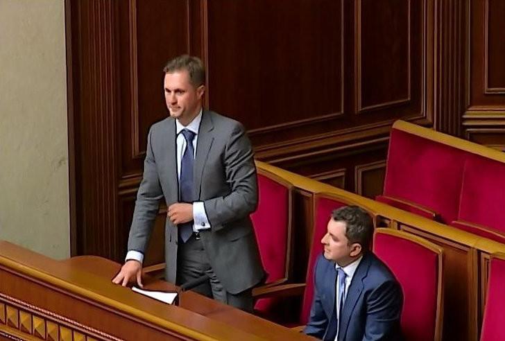 Першочерговим завданням Антимонопольного комітету України буде боротьба з монополізмом на ринку електроенергії та газу, нафти і нафтопродуктів.