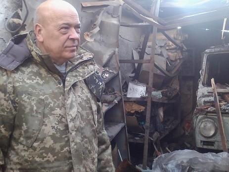 В районі Станиці Луганської бойовики обстріляли військовий автомобіль медиків, один військовослужбовець загинув, ще один – тяжко поранений.