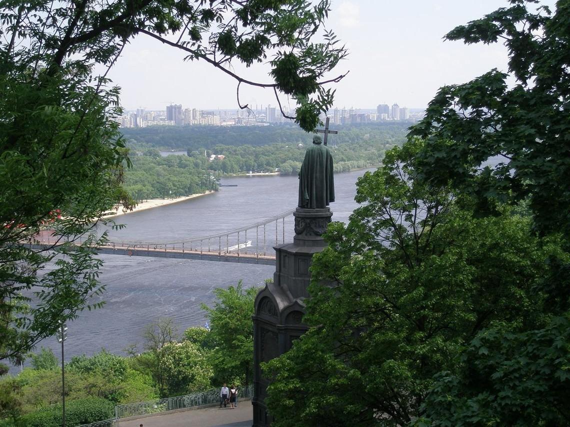 «Слову і Ділу» стало відомо про ініціативу столичної влади створити орган управління рекреаційними зонами Києва, що по суті дублює функції «Київзеленбуду».