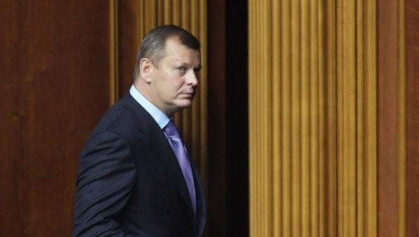 Через 5 днів після зняття депутатської недоторканності Сергія Клюєва Міністерство внутрішніх справ оголосило його в розшук.