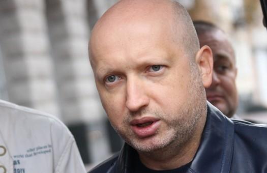 Секретар РНБО попередив, що слід чекати нових кадрових рішень з причини зриву будівництва фортифікаційних споруд на Донбасі.