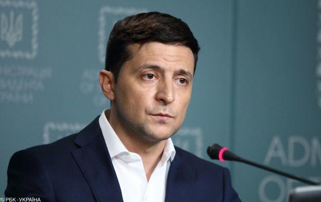 Також під час переговорів Володимир Зеленський і Майя Санду обговорили питання освітніх потреб української громади в Молдові.