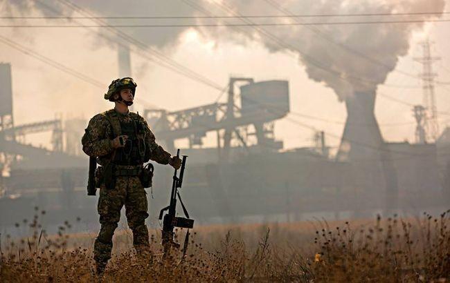 На Донбасі з початку доби 17 липня в зоні проведення операції Об'єднаних сил (ООС) ворог шість разів порушив режим припинення вогню.