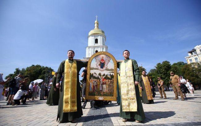 У неділю, 28 липня, у Києві розпочалася перша хресна хода Православної церкви України (ПЦУ), приурочена до 1031-річниці хрещення Київської Русі.