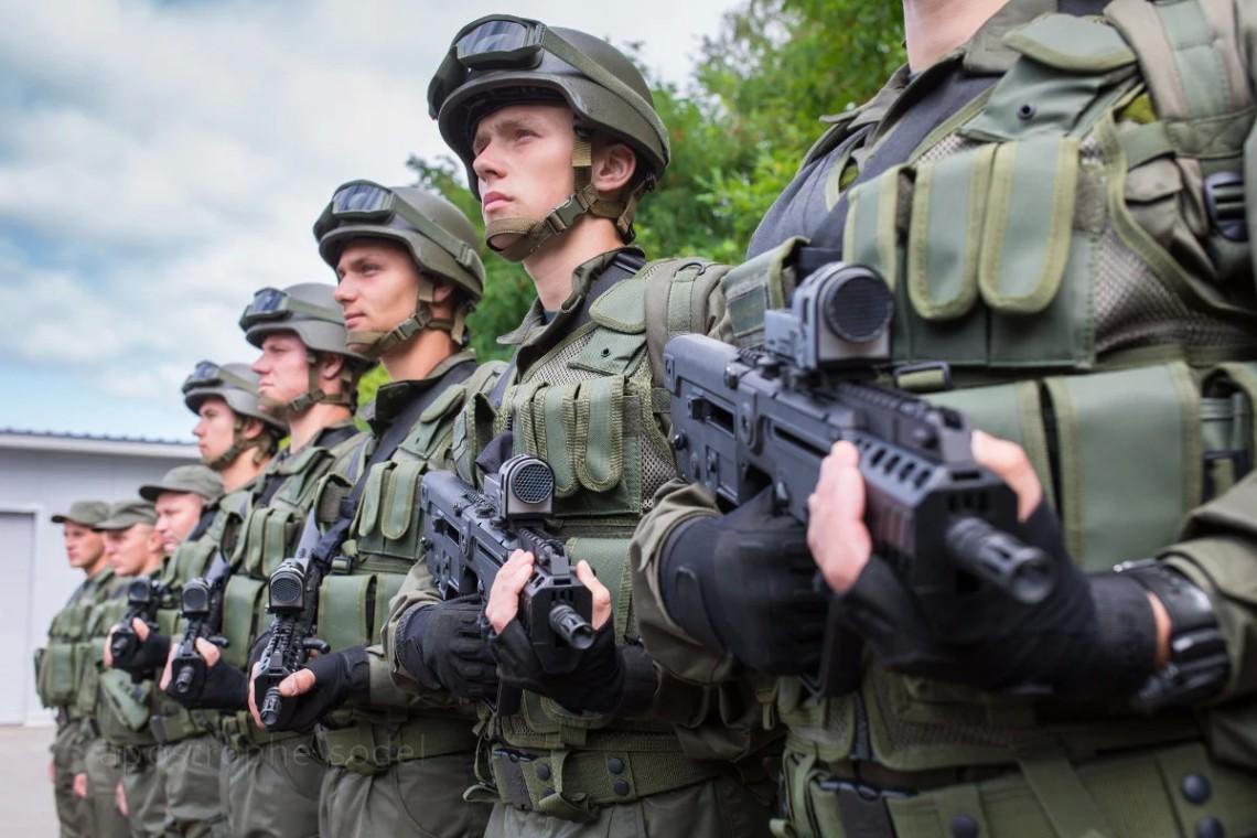 В Южном территориальном управлении по данному факту начато служебное расследование. На данный момент, врачи борются за жизнь военнослужащего.