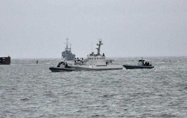 Из украинских кораблей, которые после годичного плена вернулись в Украину, были демонтированы некоторые средства связи и навигационное оборудование.