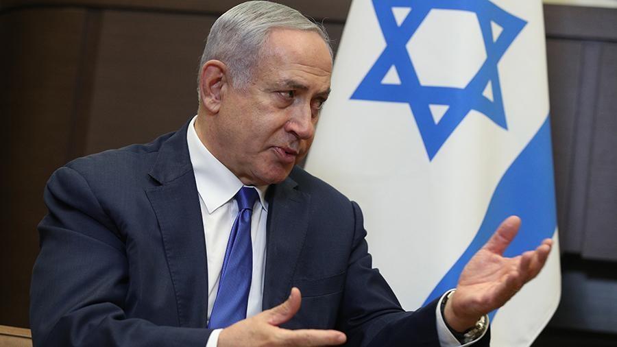 Прем'єр-міністр Ізраїлю Біньямін Нетаньяху назвав висунуті проти нього звинувачення в корупції політично мотивованими і спрямованими на його відсторонення від влади.