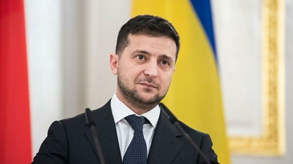 Зеленский: уУкраины сРоссией очень сложные отношения, однако  разговор  начался