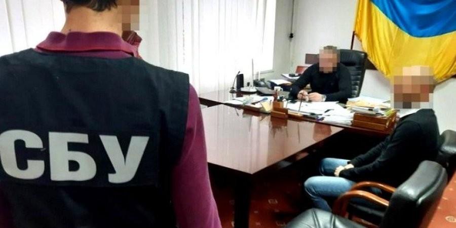 """Результат пошуку зображень за запитом """"СБУ викрила чиновника Держгеокадастру в махінаціях із землею в заповідній зоні"""""""