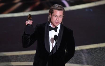 Оскар-2020: кращий фільм - Паразити корейського режисера Пон Чжун Хо. Кращий актор - Хоакін Фенікс, фільм Джокер, а найкраща актриса - Рене Зеллвегер, фільм Джуді. Бред Пітт отримав статуетку за кращу роль другого плану.