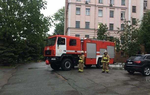 В Киеве в одном из помещений Александровской клинической больницы, где проходят лечение пациенты с коронавирусом, произошел пожар.