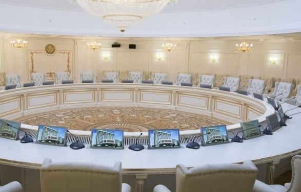 Представник РФ у тристоронній контактній групі з врегулювання ситуації на Донбасі Борис Гризлов висловив розчарування підсумками відеоконференції, яка відбулася 27 травня.