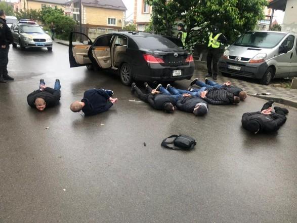 Поліція затримала вже 28 осіб причетних стрілянини в Броварах, яка сталася сьогодні вранці, 29 травня.