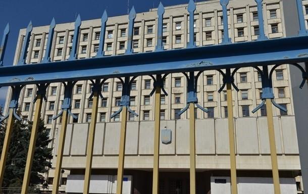 Центральна виборча комісія направила Кабінету міністрів для затвердження пропозиції про проведення призначених на 25 жовтня місцевих виборів з урахуванням епідемії COVID-19.
