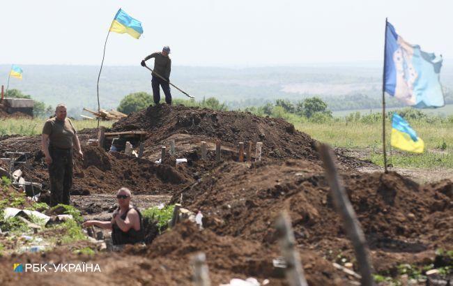 Протягом дня, 8 серпня, бойовики п'ять разів порушували перемир'я на Донбасі. Серед порушень — чотири провокаційних обстріли і проведення інженерних робіт поблизу населеного пункту Пікуза.