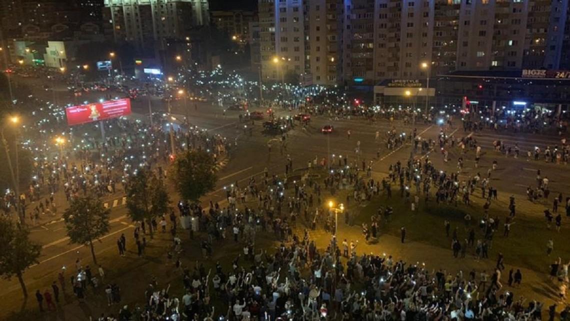 Білорусь. Сутички з міліцією та протести