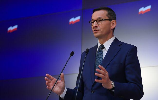 Прем'єр-міністр Польської республіки Матеуш Моравецький закликав владу Білорусі провести нові вибори президента, на які він зажадав допустити міжнародних спостерігачів.