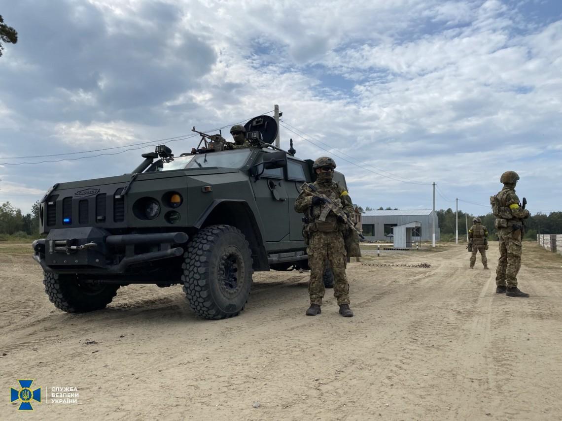 Координационная группа Антитеррористического центра при Управлении СБ Украины в Львовской области провела масштабные тактико-специальные учения на военных объектах региона.