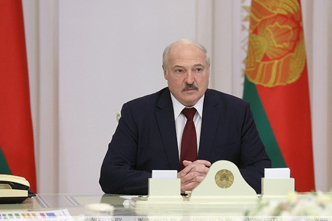 «Пьяная обезумевшая толпа, проколотая наркотиками». Лукашенко— овоскресных протестах вМинске