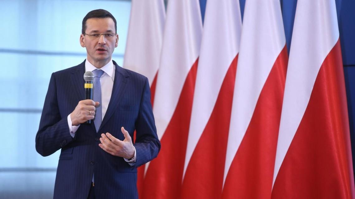 Європейський Союз, до складу якого нині входять 27 країн, може бути зруйнований через новий механізм розподілу спільного бюджету на 2021 рік.
