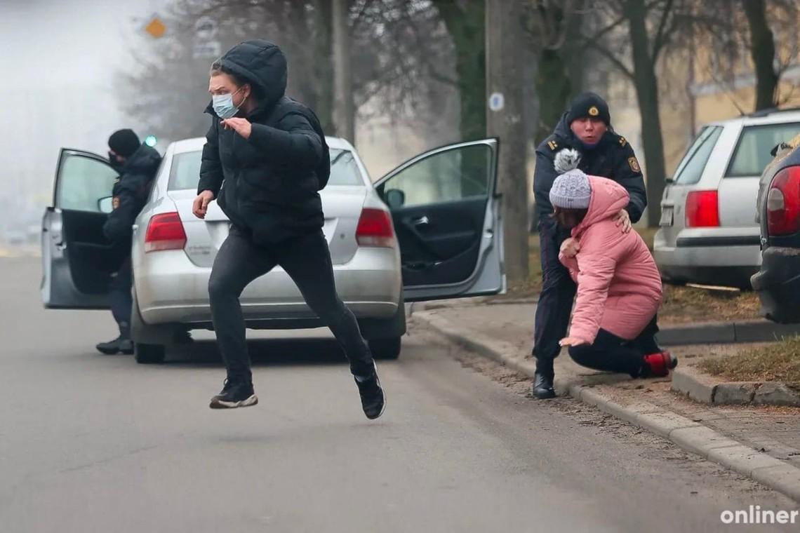 Напротестах вМинске начались первые задержания