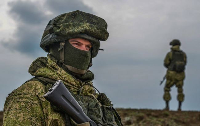 Росія почала військові навчання в Криму. В них беруть участь 10 тисяч військових й понад тисячу одиниць техніки
