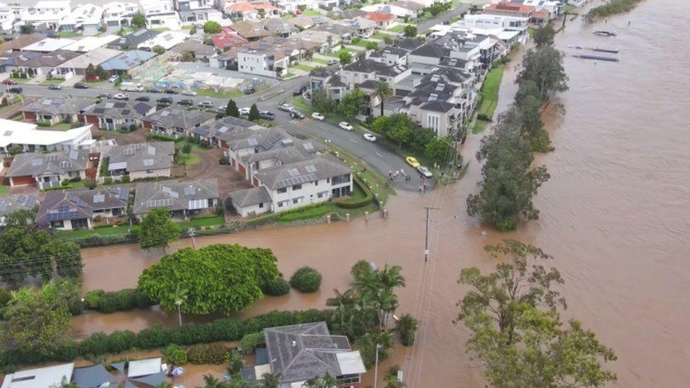 В Австралії через повені евакуювали тисячі людей