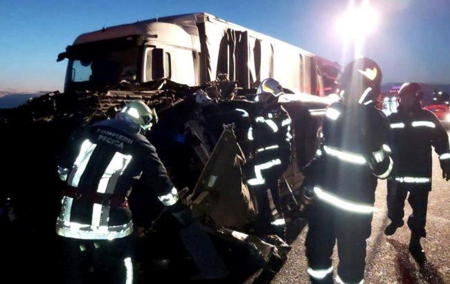 Число жертв аварії з українським автобусом в Румунії зросло до двох » Слово  і Діло