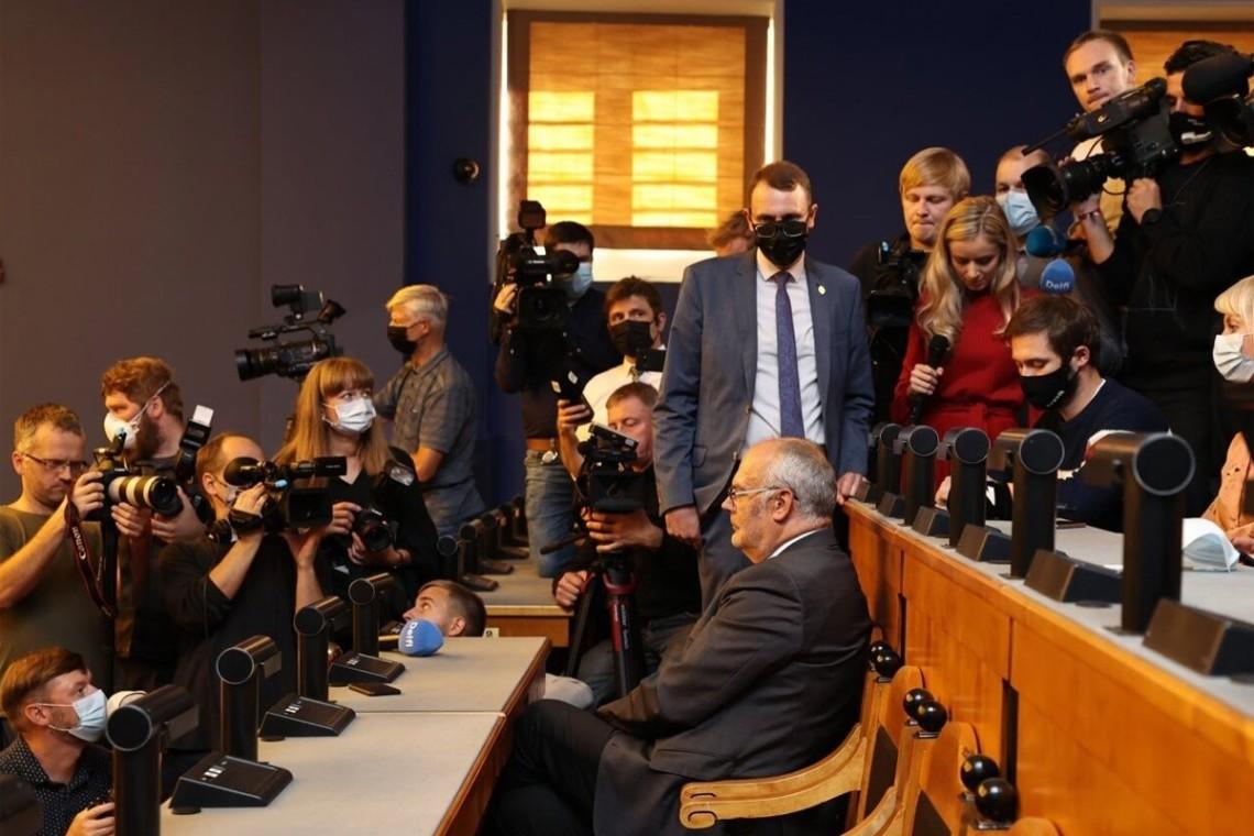Естонський парламенту 30 серпня не зміг обрати президента країни у першому турі голосування. Єдиному кандидату не вистачило голосів.