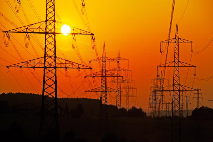З 1 липня 2015 року Україна підняла ціну на електроенергію для окупованого Росією Криму. Ціна на світло для Криму зросла на 14%.