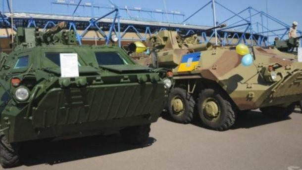 Події Євромайдану і подальша антитерористична операція геть не завадили Україні продавати іншим країнам зброю і військову техніку.