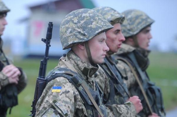Для забезпечення заходів з мобілізації додаткова потреба Міністерства оборони на 2015 рік становить 8,2 млрд гривень.
