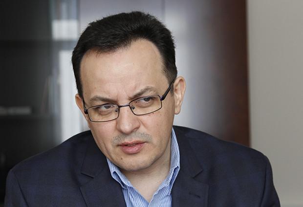 Глава фракції «Самопомочі» Олег Березюк заявив, що фракція вимагає змінити керівників правоохоронних органів України через ситуацію на Закарпатті.