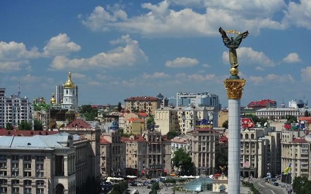 Відновлення десяти районних рад у Києві коштуватиме 37 мільйонів гривень на рік. Це  вдесятеро менше фінансування десяти столичних адміністрацій.