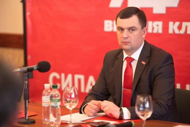 Нардеп від «БПП» Валерій Пацкан не дотримав свою обіцянку про те, що ТСК з Мукачева 22 липня покаже попередній результат слідства.