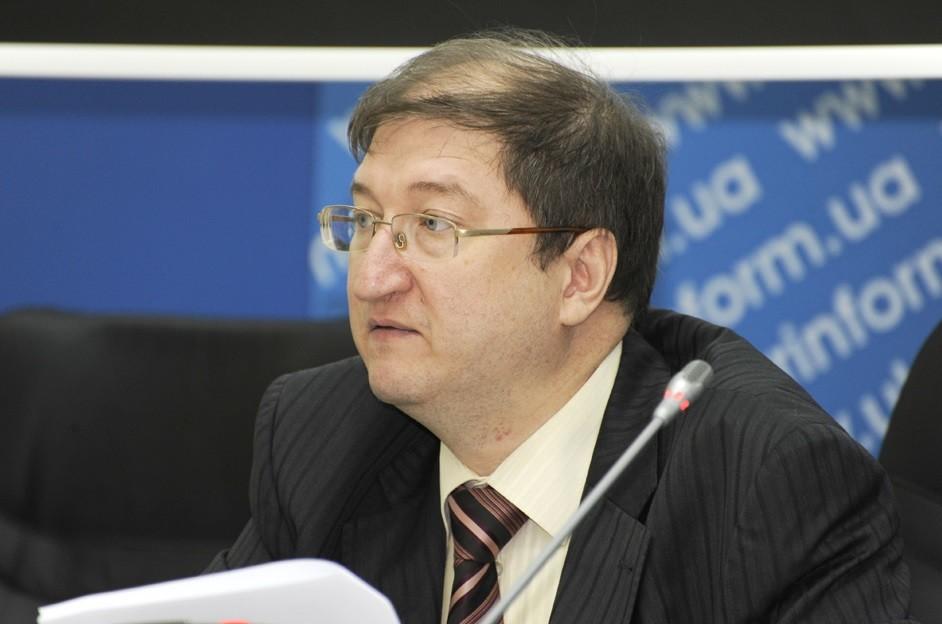 Експерт припускає, що цієї зими уряду доведеться обирати між відключеннями електроенергії та закупівлею електрики в Росії.