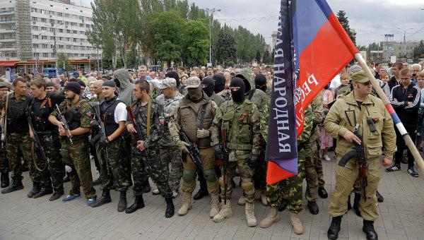 Російське керівництво має намір створити за будь-яку ціну так звану «регулярну армію» на Донбасі з метою продовження збройного конфлікту в Україні.