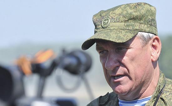 На тимчасово окупованій території Донбасу перебуває високопоставлений російський військовий – заступник командувача сухопутними військами РФ Олександр Ленцов.