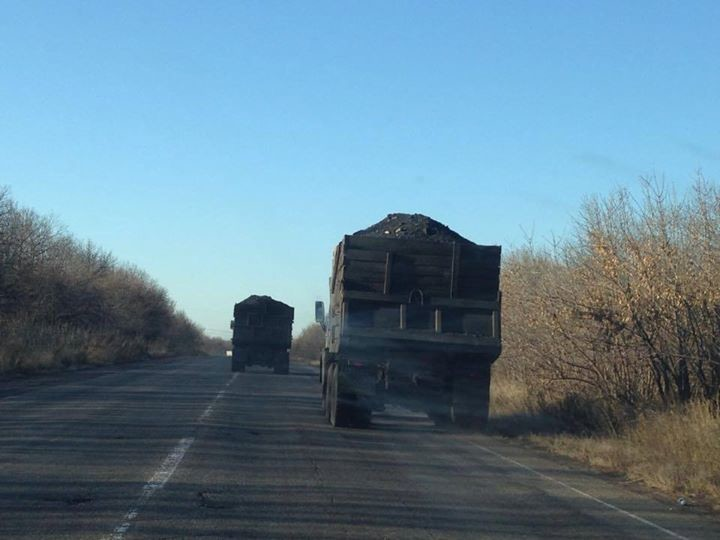 Кабінет міністрів України затвердив можливість вивезення вугілля з тимчасово окупованих територій на підконтрольні Україні через Росію.