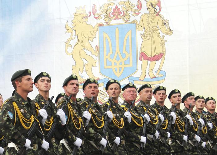 Головний військовий прокурор розповів чому Україна не змогла дати відсіч російській агресії на сході України.