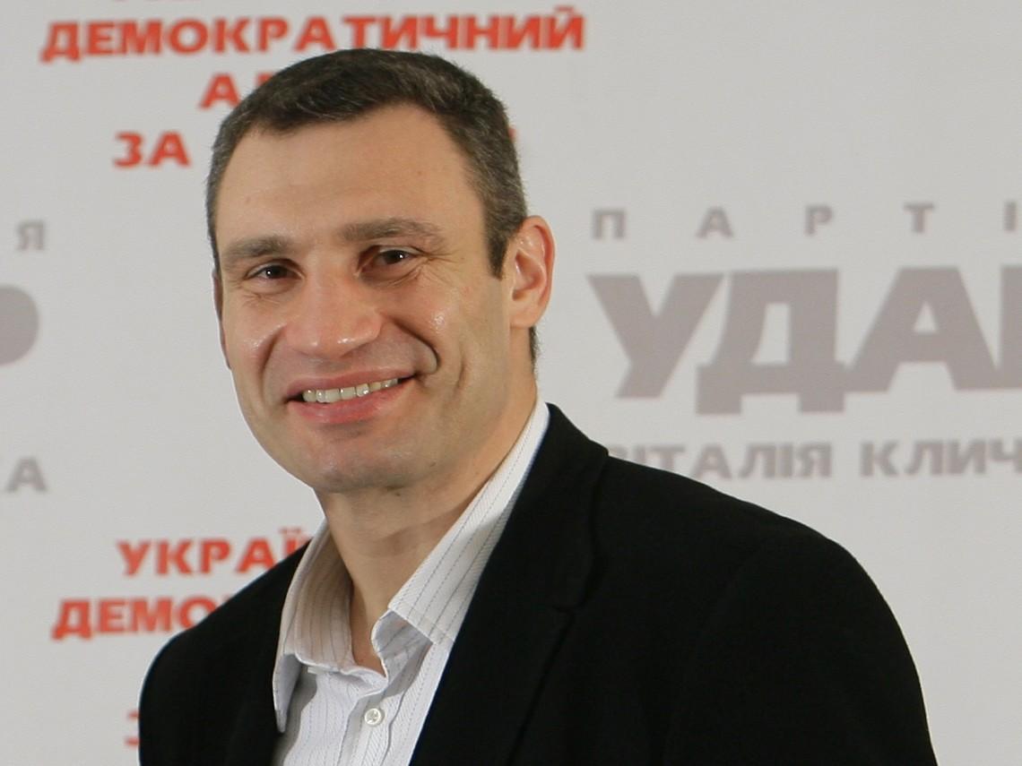 Мер Києва та екс-лідер «Українського Демократичного Альянсу за Реформи» Віталій Кличко офіційно став членом «Блоку Петра Порошенка».