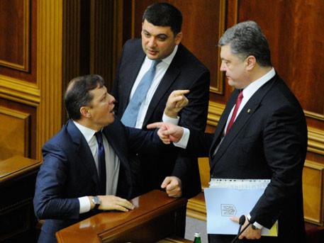 Петро Порошенко впевнений, що зможе переконати лідерів фракцій «Самопомочі» та «Радикальної партії» підтримати зміни до Конституції.